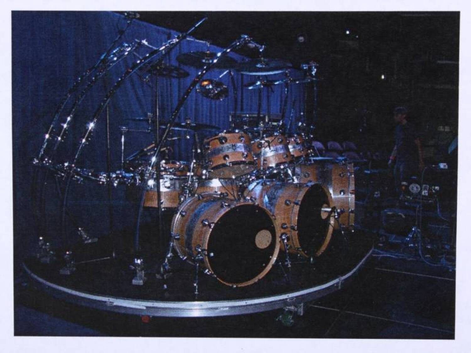 michael jackson this is it tour drum kit