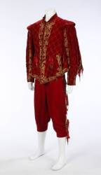 EDWARD ARNOLD COSTUME FROM CARDINAL RICHELIEU
