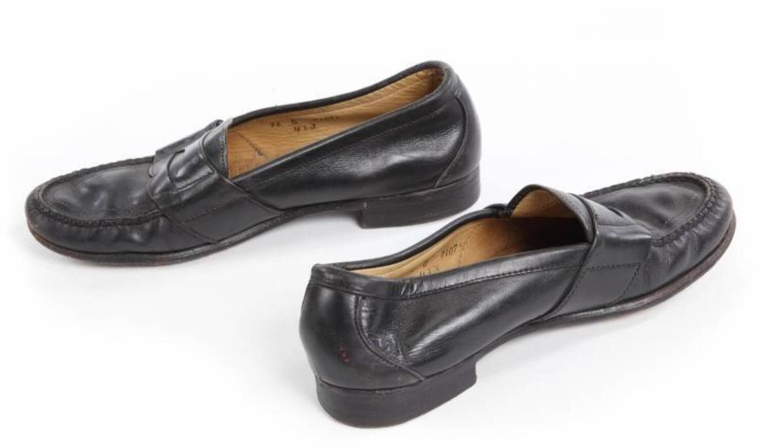 Michael Jackson Signed Loafers Current Price 8000