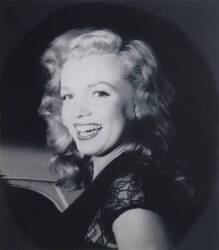 MARILYN MONROE IMAGE WITH COPYRIGHT