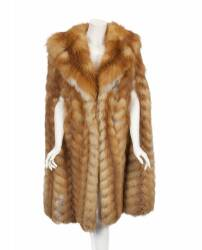 PHYLLIS DILLER NATURAL RED FOX CAPE