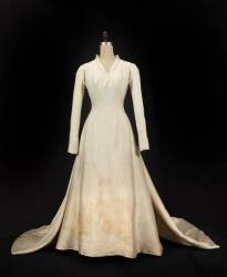 JULIE ANDREWS THE SOUND OF MUSIC WEDDING GOWN