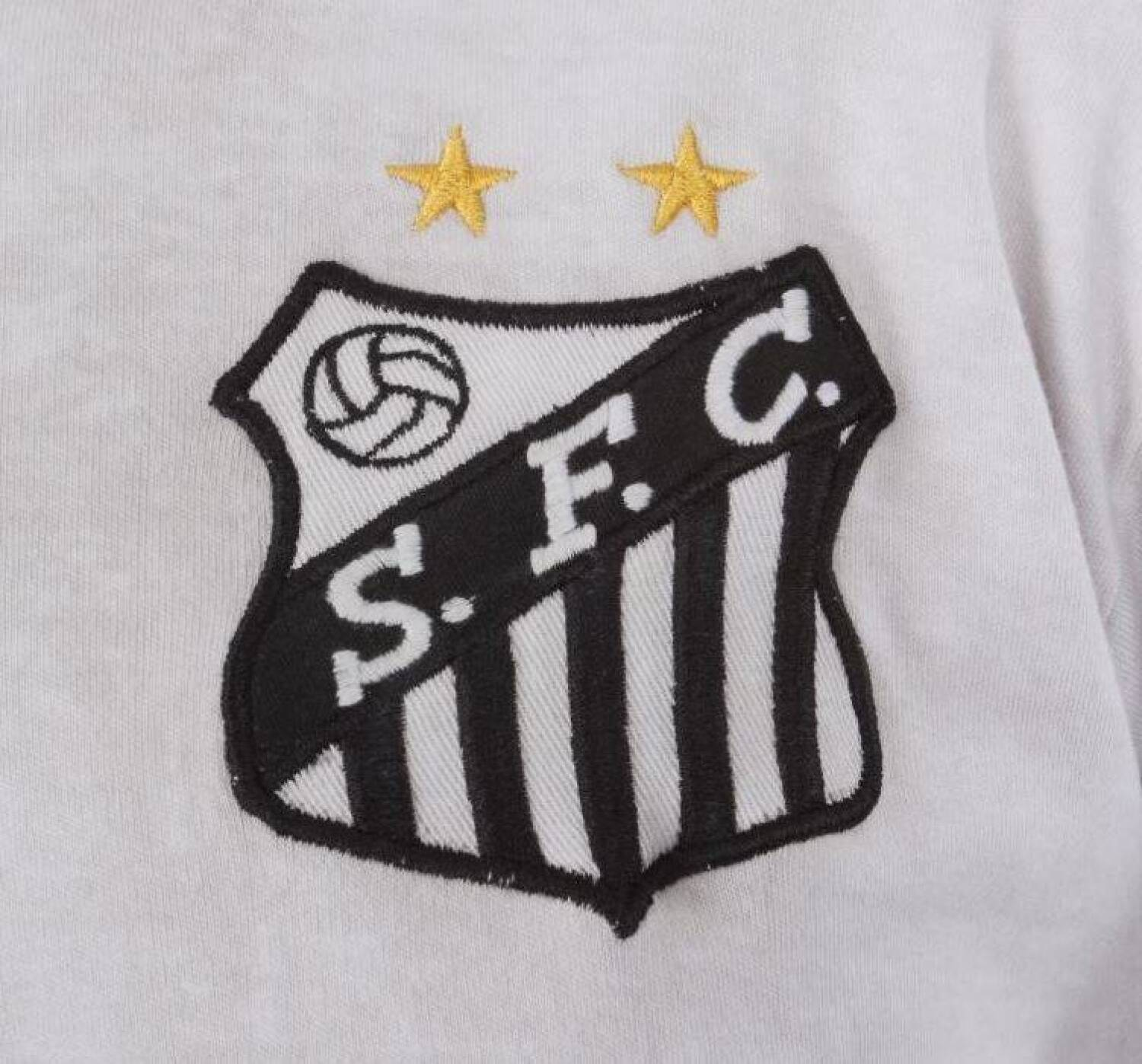 170877c86 PELÉ GAME WORN AND SIGNED 1972-73 SANTOS FC JERSEY Please Wait... Click  image to enlarge
