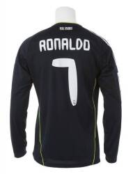 3e0d3db34 PELÉ GAME WORN AND SIGNED 1972-73 SANTOS FC JERSEY33. CRISTIANO RONALDO  2010-11 REAL MADRID GAME WORN JERSEY