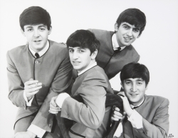 THE BEATLES DEZO HOFFMAN COLLARLESS SUIT PHOTOGRAPH