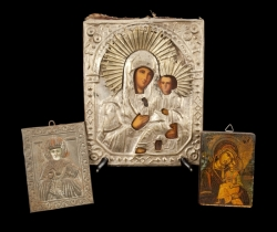 GROUP OF THREE RUSSIAN ICONS