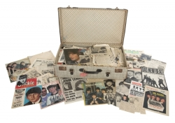 RINGO STARR PRESS ARCHIVE COMPILED BY HIS MOTHER