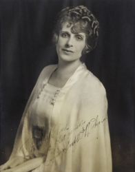 AIMEE SEMPLE McPHERSON PHOTOGRAPH SIGNED TO HAROLD LLOYD
