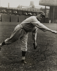 WALTER JOHNSON PHOTOGRAPH SIGNED TO HAROLD LLOYD