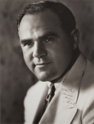 HAL ROACH PHOTOGRAPH SIGNED TO HAROLD LLOYD