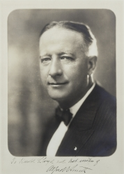 ALFRED EMANUEL SMITH PHOTOGRAPH SIGNED TO HAROLD LLOYD