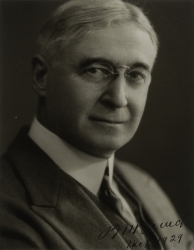 BERNARD BARUCH PHOTOGRAPH SIGNED FOR HAROLD LLOYD