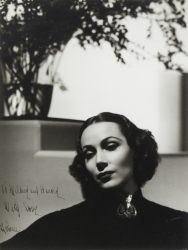 DOLORES DEL RIO PHOTOGRAPH SIGNED TO HAROLD LLOYD