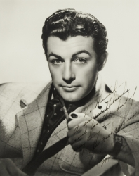 ROBERT TAYLOR PHOTOGRAPH SIGNED TO HAROLD LLOYD