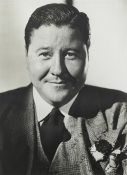 JACK OAKIE PHOTOGRAPH SIGNED TO HAROLD LLOYD