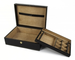 CHARLTON HESTON JEWELRY BOX AND CUFFLINKS