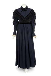 MAUREEN O'HARA THE FOXES OF HARROW PERIOD GOWN