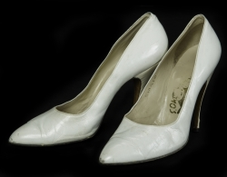 MARILYN MONROE FERRAGAMO SHOES