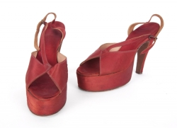 MARILYN MONROE BURGUNDY SATIN PLATFORM SANDALS