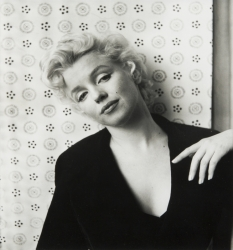 MARILYN MONROE PHOTOGRAPH BY CECIL BEATON