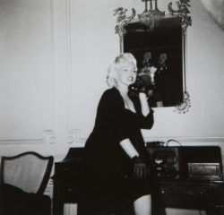 MARILYN MONROE CANDID PHOTOGRAPHS