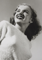 MARILYN MONROE BLACK AND WHITE PHOTOGRAPHS