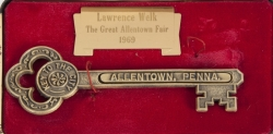 LAWRENCE WELK KEYS TO THE CITY