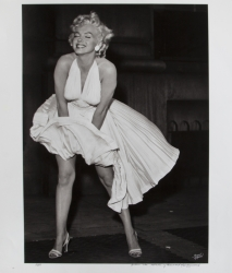 MARILYN MONROE BERNARD OF HOLLYWOOD PHOTOGRAPH