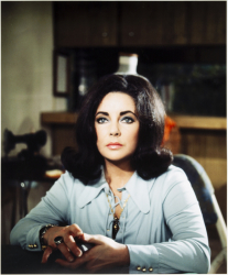 ELIZABETH TAYLOR OVER SIZED COLOR PHOTOGRAPH FROM THE ONLY GAME IN TOWN