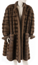 ELIZABETH TAYLOR MINK COAT FROM SWEET BIRD OF YOUTH WITH DVD