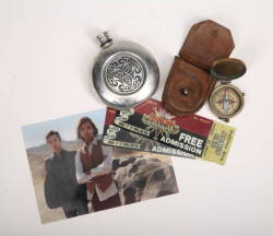 HEROES SAMUEL COMPASS AND CARNIVAL PROPS