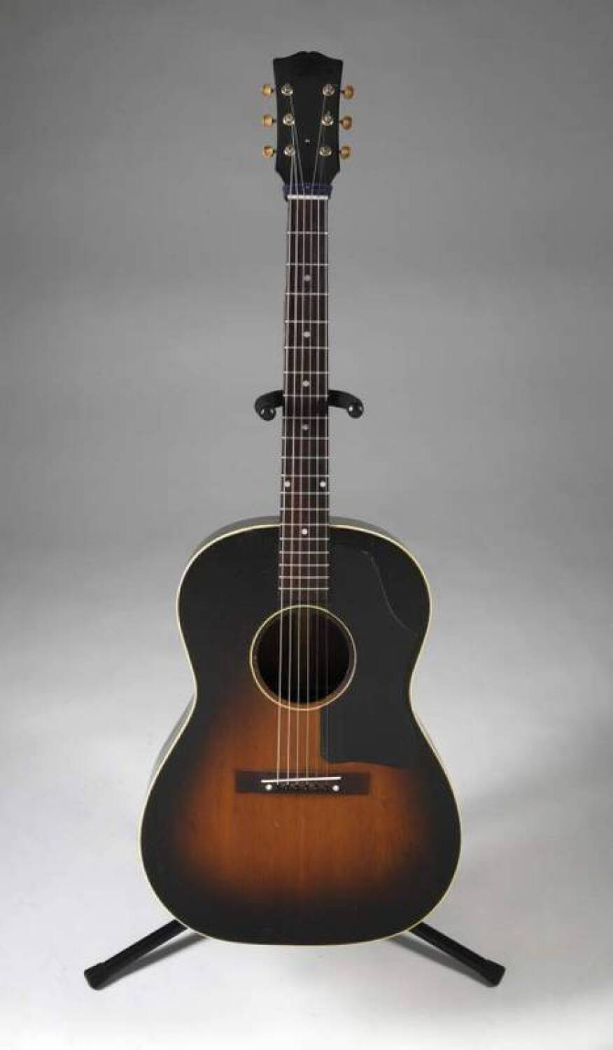 Elvis Presley Gibson Acoustic Guitar Current Price 16000