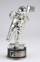 "U2 ""WITH OR WITHOUT YOU"" MTV VMA MOONMAN"