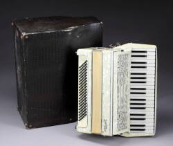 BRINDISI ACOUSTIC ACCORDION