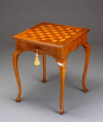 CONTINENTAL MARQUETRY CHESS TABLE