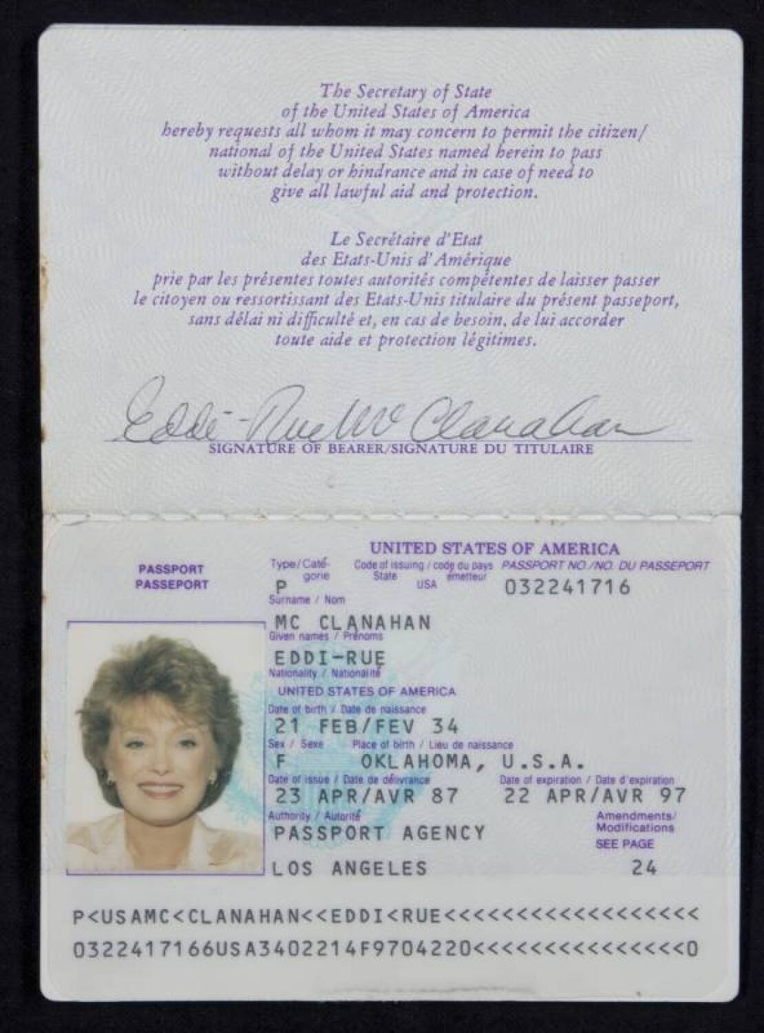 Rue mcclanahan date of birth in Melbourne